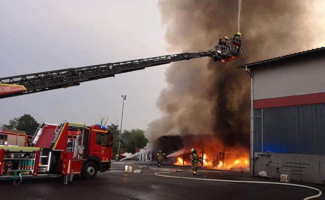 Gasilcem je ognjene zublje uspelo ukrotiti. FOTO: Gasilska brigada Ljubljana