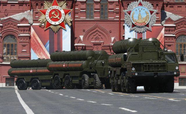 Moskva namerava julija dostaviti Turčiji protiraketni sistem S-400.<br /> FOTO: Reuters