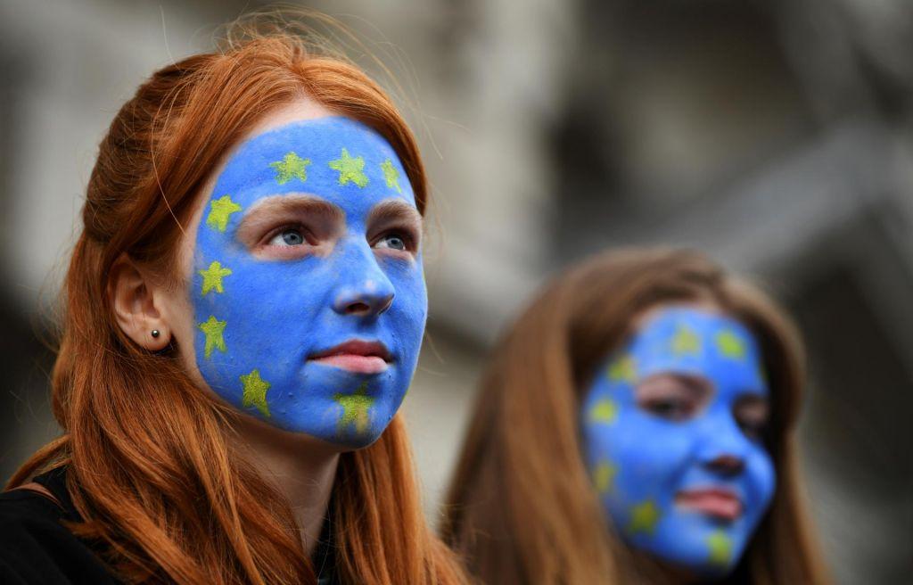 FOTO:Vsaka država doprinese k celotnemu mozaiku narodov