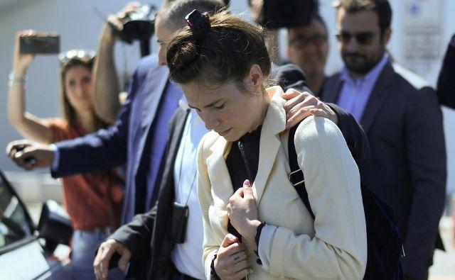 Amanda Knox, nekdanja študentka, ob prihodu na milansko letališče. FOTO: Daniele Mascolo/Reuters