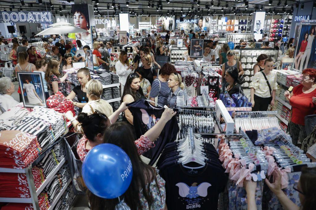 FOTO:Poceni hitra moda tudi za slovenske kupce (VIDEO)