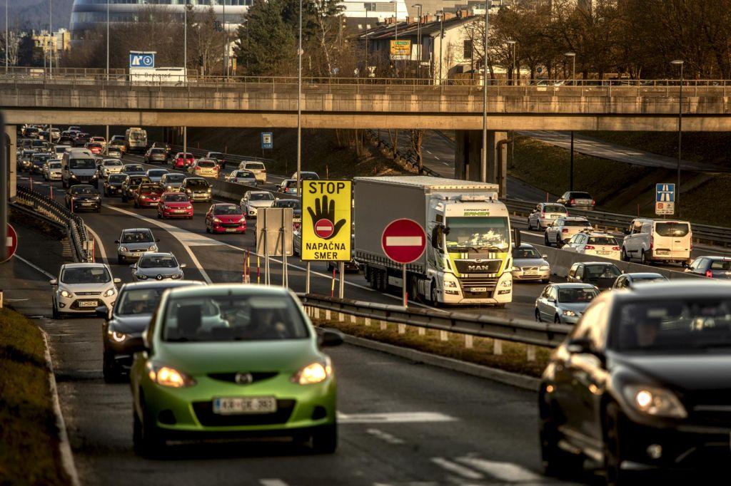 Vid pri starejših voznikih ni največja težava ...