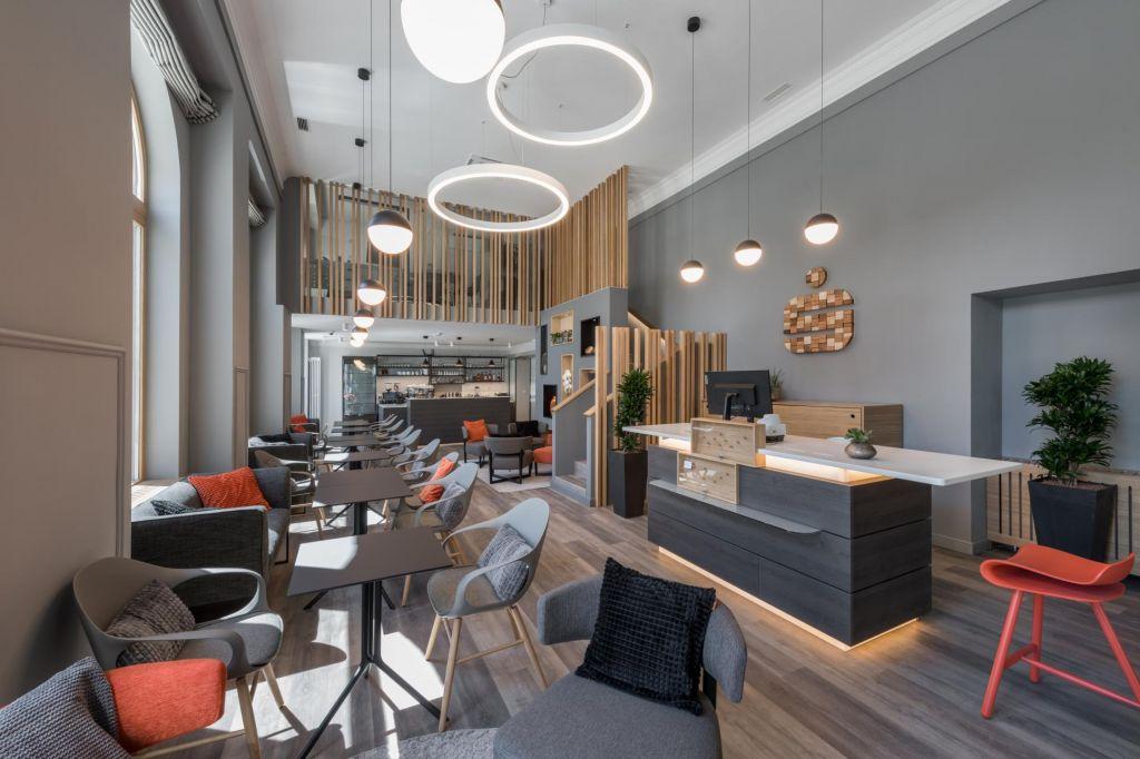 FOTO:Kavarna Evropa se je vrnila kot bankarna Evropa