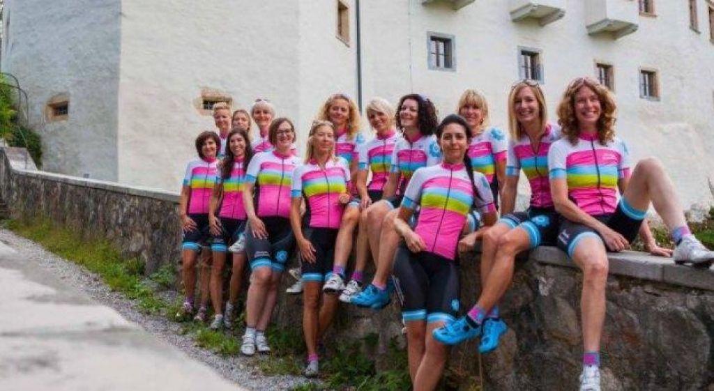 Žensko kolesarstvo. Ženska Stotka!