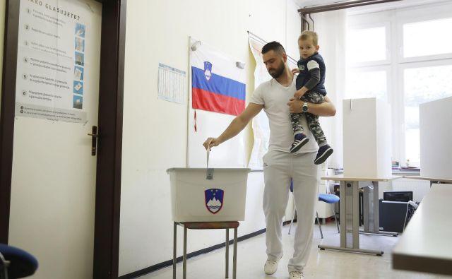 Bodo poslanci volivcem vendarle prepustili večji vpliv na sestavo državnega zbora? FOTO: Leon Vidic/Delo