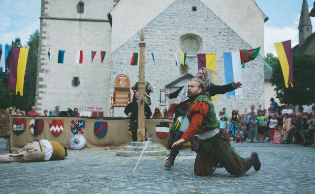 Na Koroško tudi letos prihaja češka viteška skupina Adorea. FOTO: Srednjeveški preludij