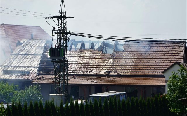 Gašenje v Trnovljah. FOTO: Brane Piano