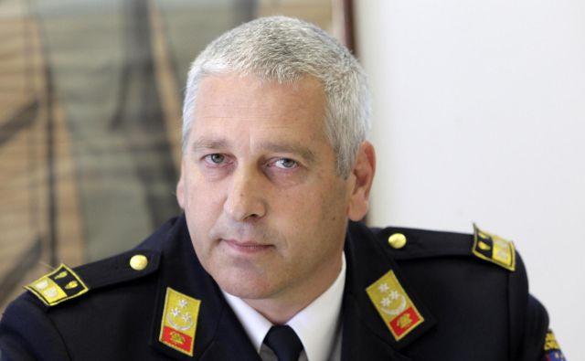 Intervencija vedno steče na osnovi alarmnega načrta, ki ga pripravi poveljstvo občine ali poveljstvo gasilske zveze, pravi Franci Petek. FOTO: Ljubo Vukelič