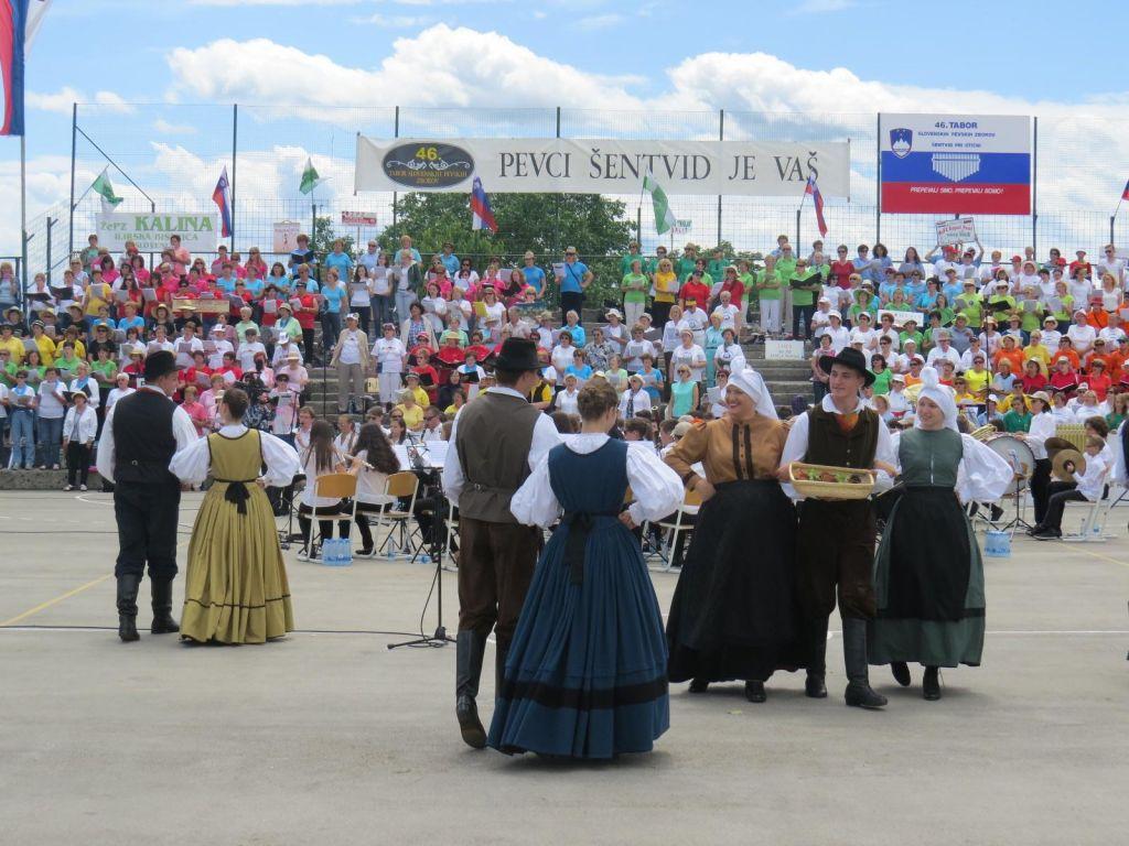 TV namigi: Tabor slovenskih zborov, Elizij in Deadwood