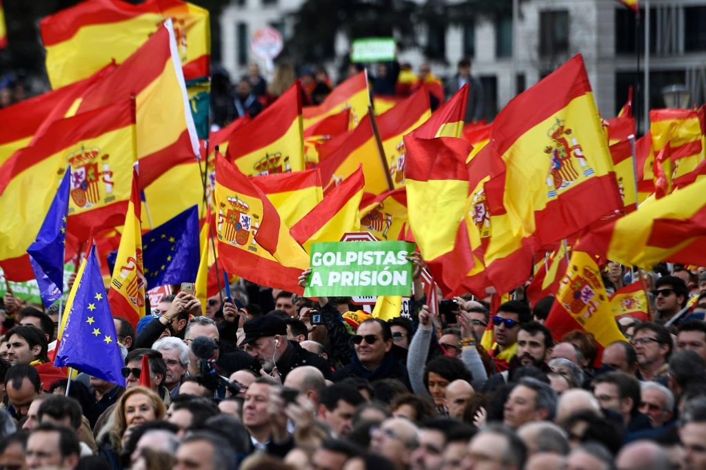 Skrajna desnica z odločilnim vplivom v Madridu