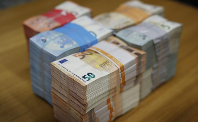 Plače v Sloveniji so letos realno višje kot lani. FOTO: Leon Vidic/Delo