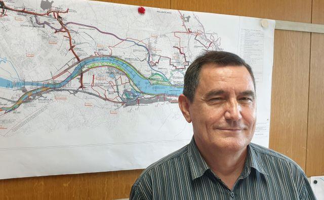 Krešimir Kvaternik, direktor projektov na ljubljanskem IBE, pravi, da ni bojazni, da bomo zaradi HE poslabšali stanje podtalnice.<br /> Foto Osebni Arhiv