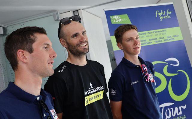 Tadej Pogačar (desno), Luka Mezgec (v sredini) in Jan Polanc bodo imeli naslednje dni na domačih cestah močno navijaško podporo. FOTO: Tomi Lombar