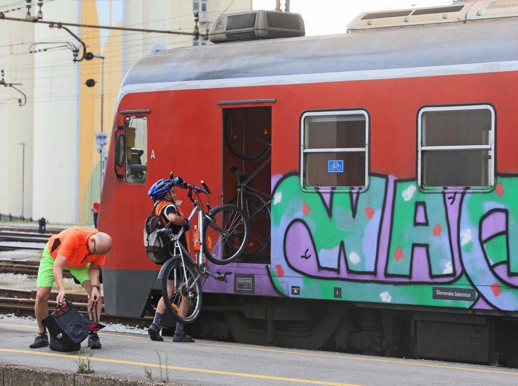 Poletni kolesarski vlaki ne poznajo meja