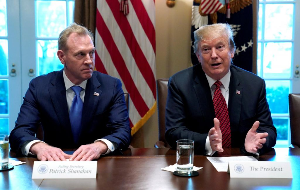 Vršilec dolžnosti ameriškega obrambnega ministra odhaja zaradi domačega nasilja