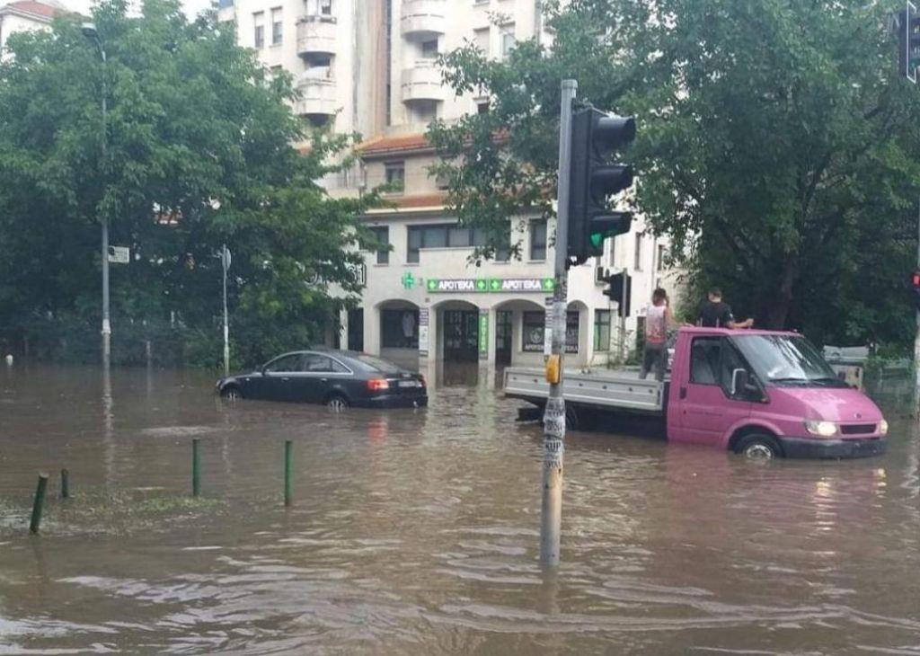 FOTO:Beograd pod vodo