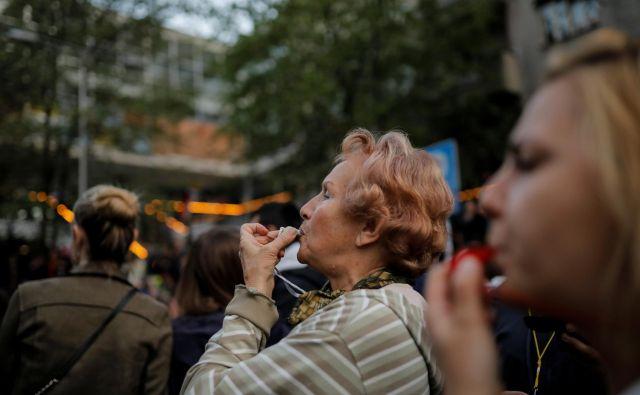 Čeprav so prihodki v Srbiji v povprečju bistveno nižji kot v Sloveniji, življenje ni sorazmerno cenejše. Foto Reuters