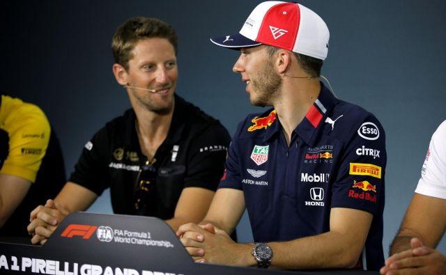Charles Leclerc (levo) in Romain Grosjean bosta edina domača dirkača na VN Francije. FOTO: AFP