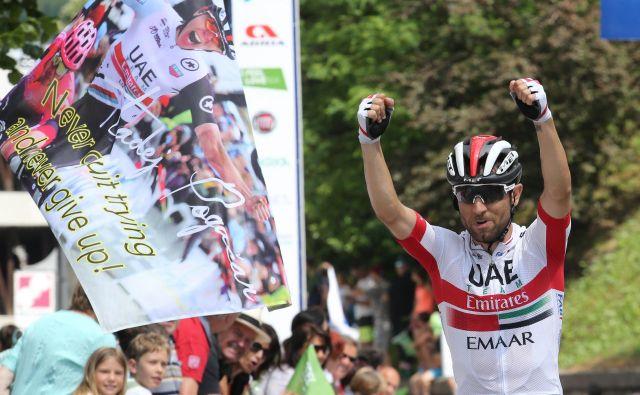 Diego Uliissi je z zmago v Idriji prevzel vodstvo v skupnem seštevku dirke.FOTO: Tomi Lombar/Delo