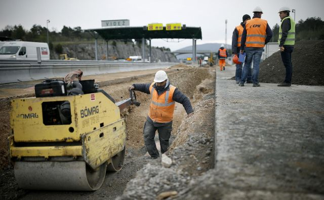 Po novem so lahko vodje projektov v primeru stavb le arhitekti in ne kot do zdaj tudi inženirji gradbinci.Foto Blaž Samec