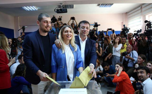 Opozicijski kandidat Ekrem İmamoğlu. FOTO: Reuters