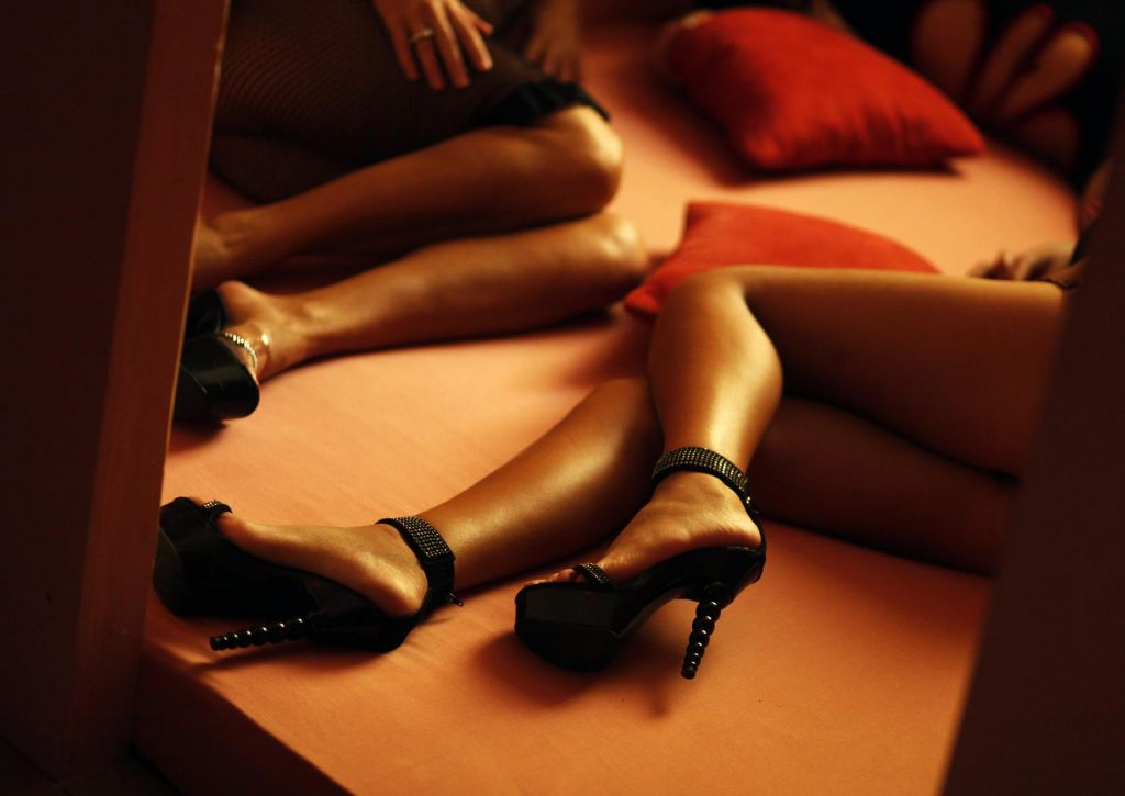 Krog osumljenih za zlorabo prostitucije se širi