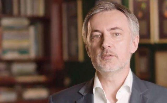 Miroslav Škoro je vstop v predsedniško bitko napovedal na spletnem portalu youtube in na svoji facebook strani. FOTO: posnetek zaslona/youtube