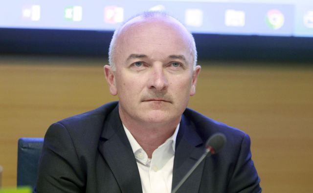 Bogdan Fink še snuje traso za 27. dirko po Sloveniji. FOTO: Roman Šipić