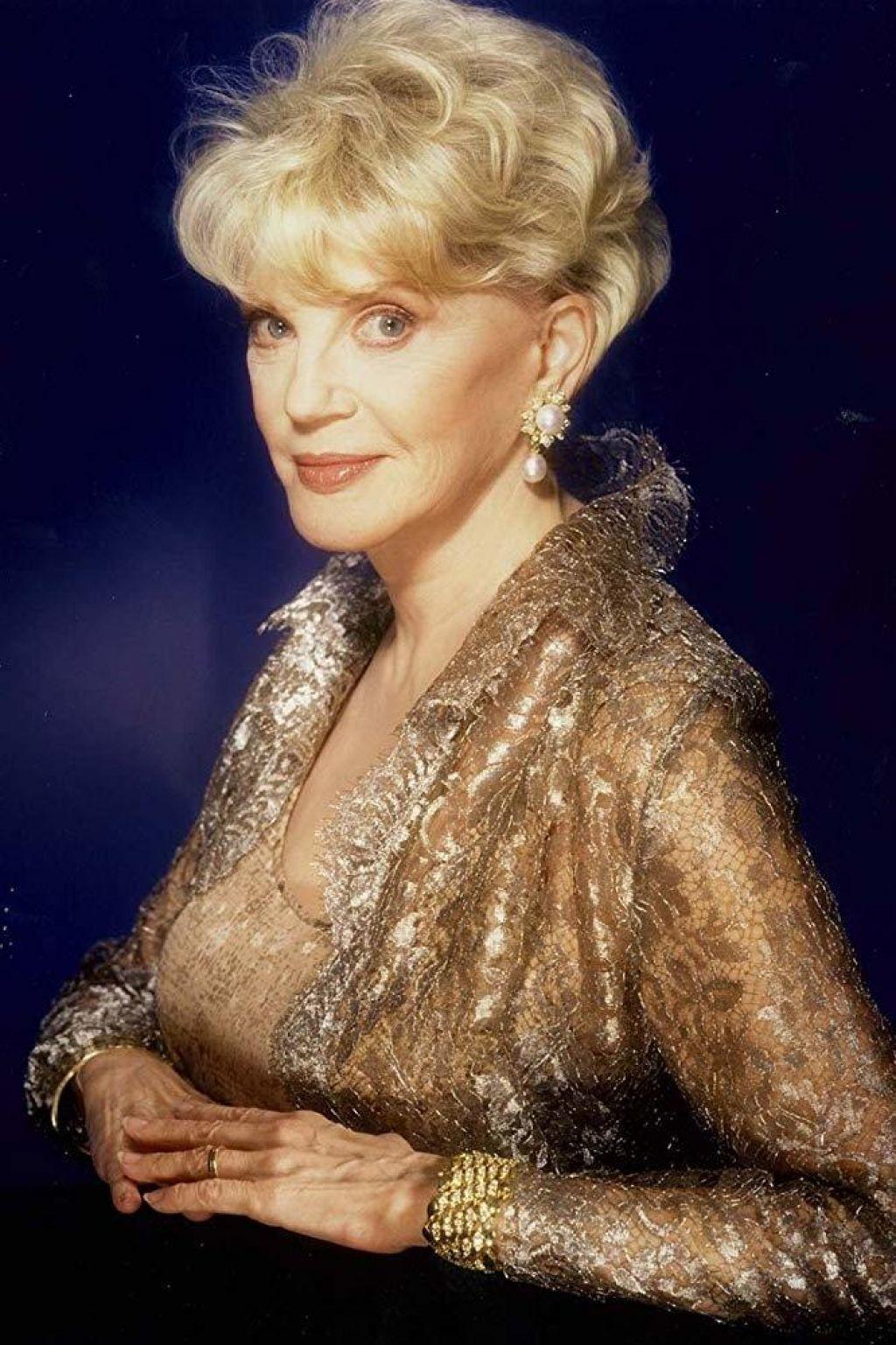 Umrla ameriška pisateljica ljubezenskih romanov Judith Krantz