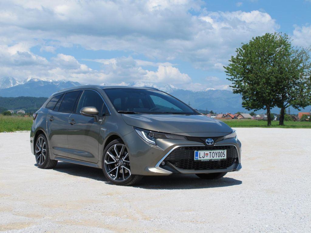 FOTO:Japonski avtomobil za evropskega kupca