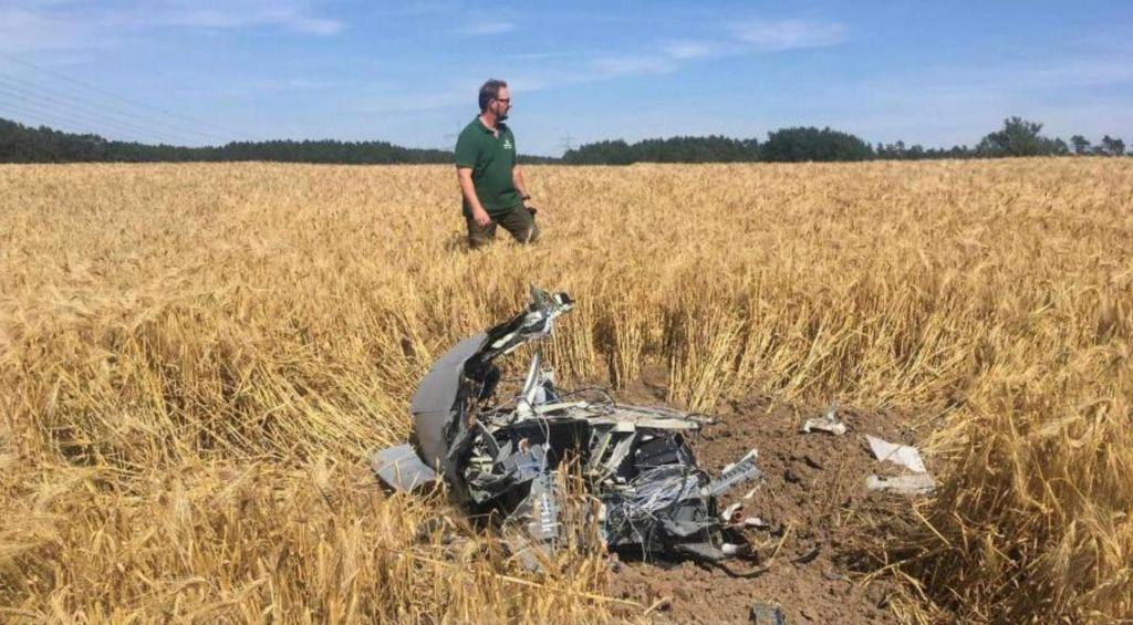 FOTO:V Nemčiji trčili vojaški letali, eden izmed pilotov izgubil življenje
