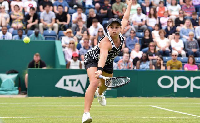 Ashleigh Barty si je z zmago v Birminghamu zagotovila status prve nosilke v Wimbledonu. FOTO: AFP
