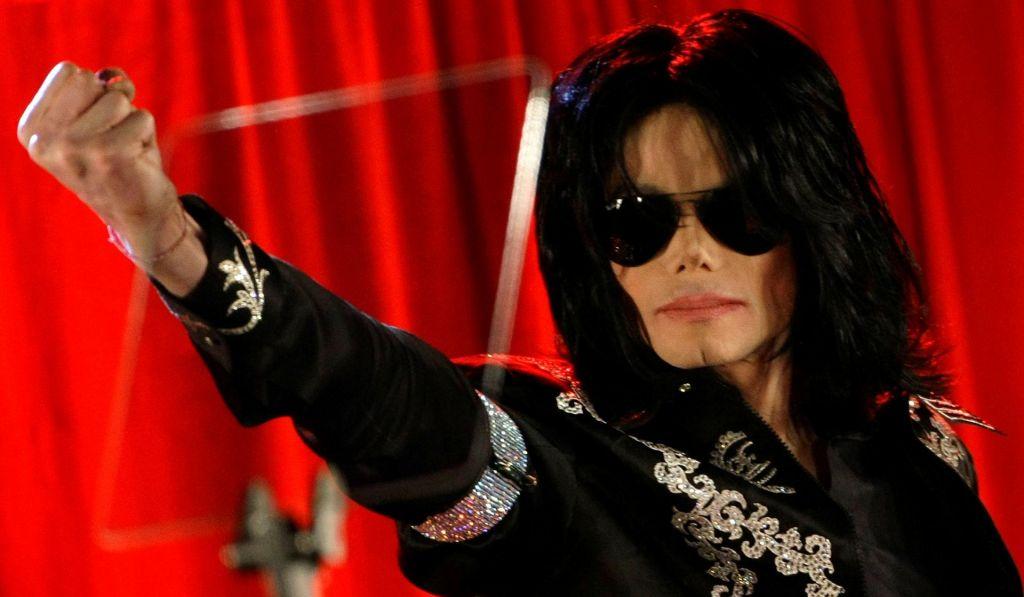 FOTO:Pred desetimi leti umrl Michael Jackson