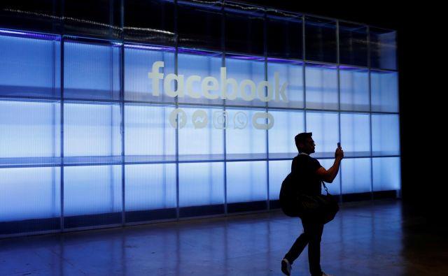 Facebook resno pravi, da je zaznal nepravilnosti, pač pa jih ni bil niti sposoben niti pripravljen ustaviti. Za denar, torej, je pogledal stran. FOTO: Reuters
