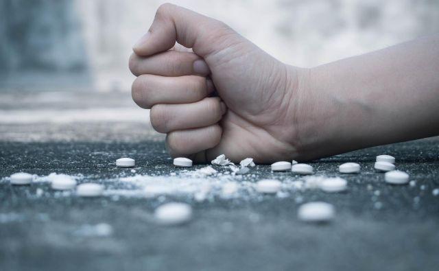 Slovenija je med državami, ki namenja več za zdravljenje in preprečevanje kot pa represiji. FOTO: Shutterstock