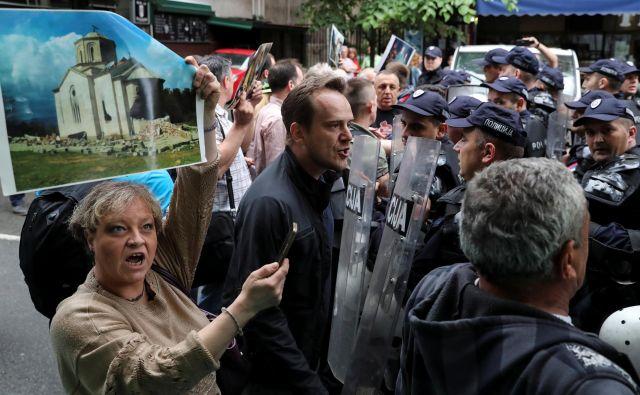Zunanje ministrstvo je ameriškemu kongresu poročalo, da se je lani na Balkanu povečala verska nestrpnost. FOTO: Marko Djurica/Reuters