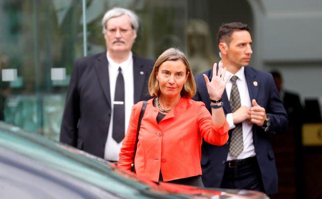 Visoka predstavnica EU za zunanjo politiko Federica Mogherini je izrazila upanje, da se bo Iran še naprej držav štiri leta starega jedrskega dogovora. FOTO: REUTERS/Leonhard Foeger