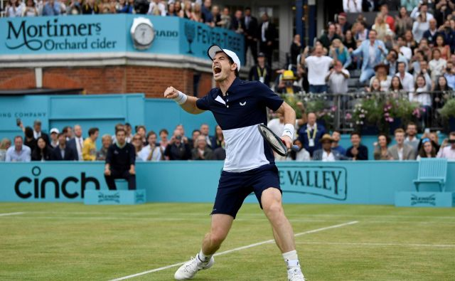 Potem ko se je dolgo časa boril z bolečinami v kolku, Andy Murray zdaj spet uživa na igrišču. FOTO: Reuters