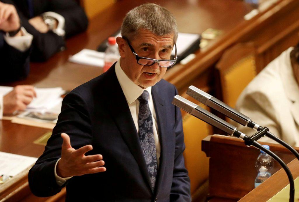 Andrej Babiš preživel glasovanje o nezaupnici