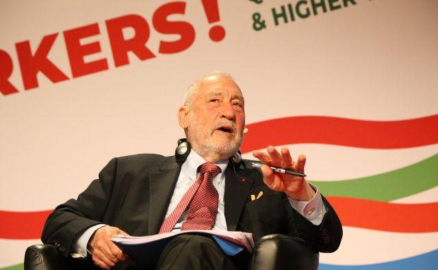 Joseph E. Stiglitz (na fotografiji): Najbolje plačani odstotek ima danes v poprečju skoraj 300-krat višje plače od spodnjih 90 odstotkov prebivalstva. Foto: Milan Ilić