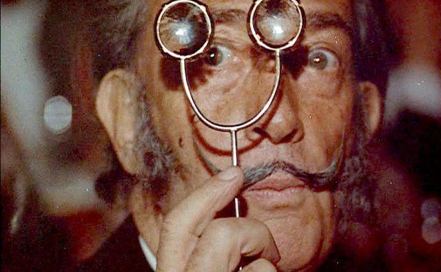Salvador Dalí je leta 1929 z Luisom Buñuelom podpisal film Andaluzijski pes. Foto Reuters