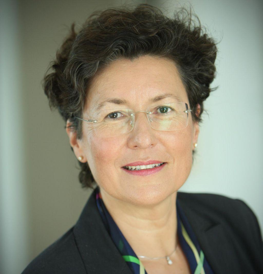 V boj za direktorski položaj v UKC Ljubljana tudi Gordana Kalan Živčec