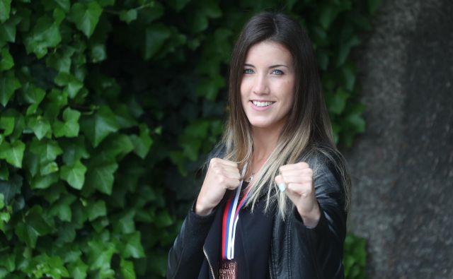 Tjaša Ristić bo zadnji evropskih iger najprej tekmovala, nato pa nosila slovensko zastavo na sklepni slovesnosti. FOTO Dejan Javornik