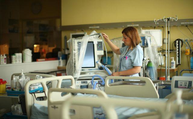 Izobraževanje in usposabljanje zdravnikov o paliativi je v Sloveniji še vedno neorganizirano in temelji predvsem na lastni iniciativi posameznih zdravnikov. Foto Jure Eržen