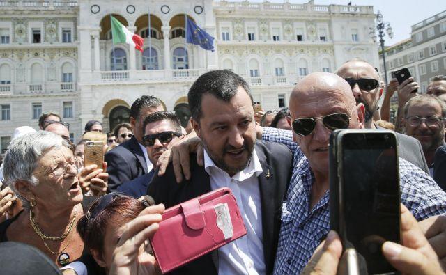 Podpredsednik italijanske vlade Matteo Salvini ima v Trstu veliko oboževalcev. FOTO: Jože Suhadolnik/Delo