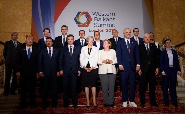 Na lanskem vrhu v Londonu so voditelji držav Zahodnega Balkana in sodelujočih držav EU podprli deklaracijo o pogrešanih osebah ter o vojnih zločinih. FOTO: Reuters