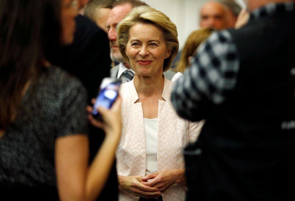 Von der Leyenova razburkala berlinsko politiko