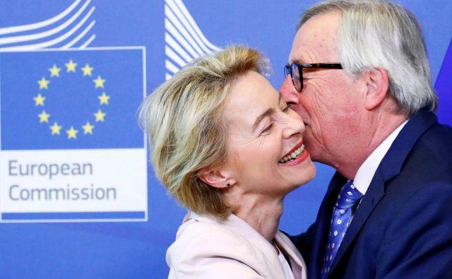 Jean-Claude Juncker pred petimi leti ni imel večjih težav pri prepričevanju poslancev. Ursula von der Leyen je pred težjo nalogo. FOTO: Reuters
