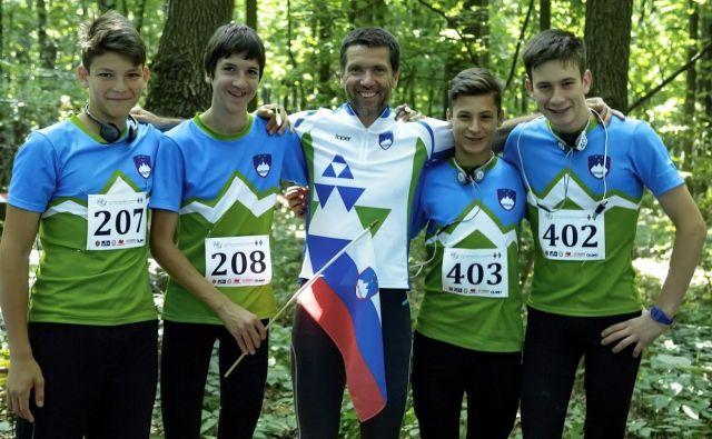 Na fotografiji od leve proti desni: Ruj Grošelj Simić, Pavel Trojer, Andrej Trojer, Nik Gregorič, Jani Bratož Foto: ZRS