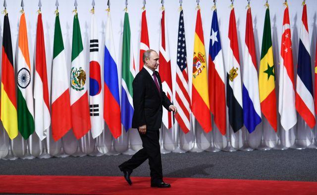 Ruski predsednik Vladimir Putinna vrgu G20 v Osaki.<br /> FOTO: Afp